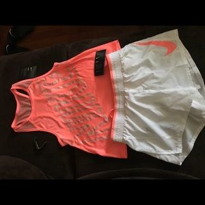 XS nike fit with tags